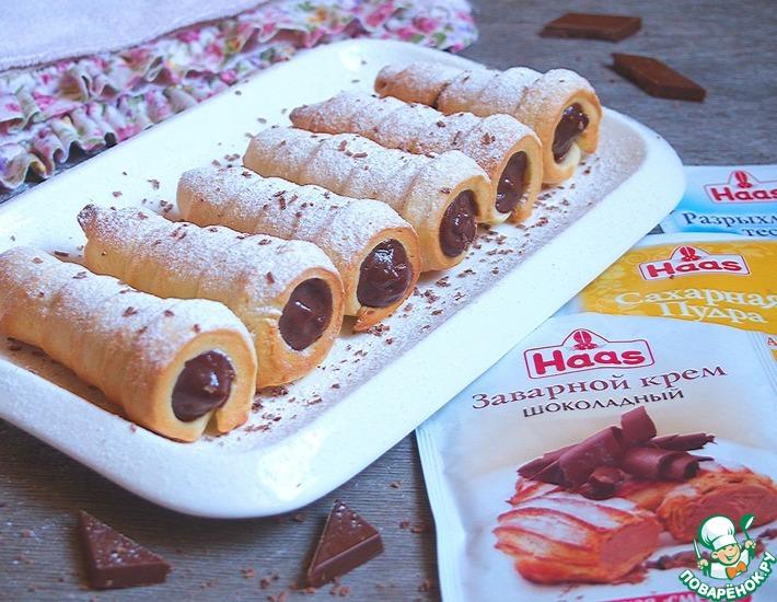 Рецепт: Песочные трубочки с шоколадно-заварным кремом