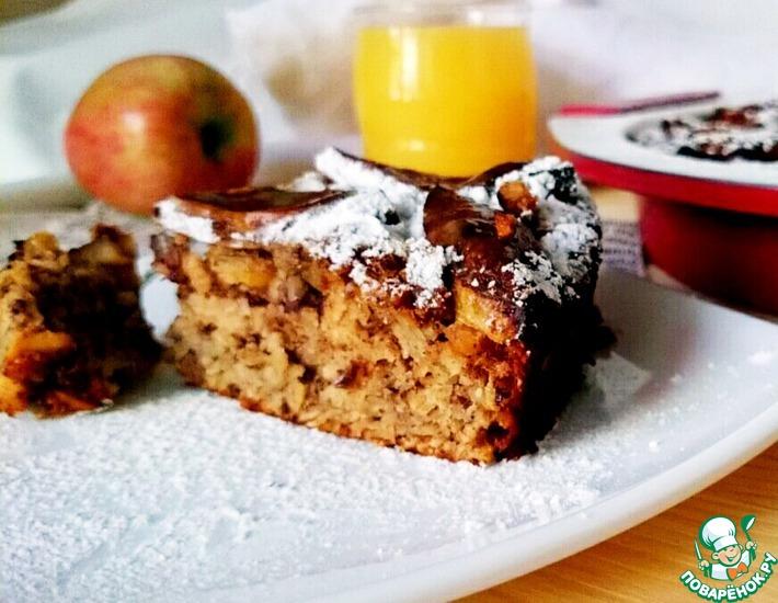 Рецепт: Овсяный пирог с яблоком и фундуком