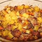 Картофель с мясом и специями