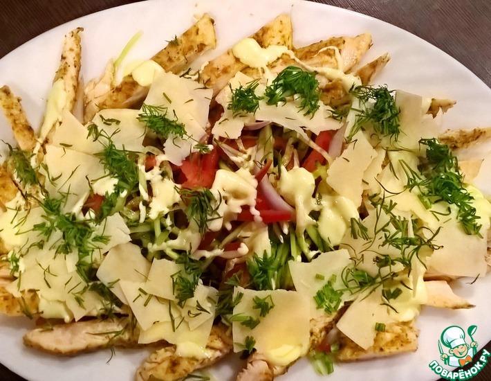 Рецепт: Легкий салат с курицей