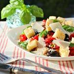 Итальянский салат с куриным филе