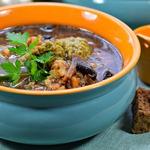 Суп грибной с зелеными клецками