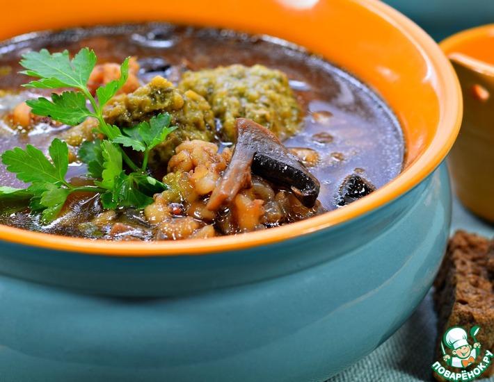 Рецепт: Суп грибной с зелеными клецками