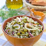 Салат из кальмара и квашеной капусты