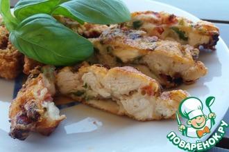 Рецепт: Куриные оладьи с помидорами и базиликом