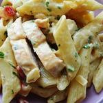Макароны с курицей и сыром