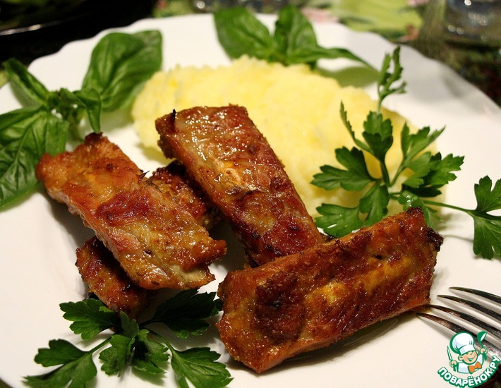 Рецепт: Свиные рёбрышки в медово-апельсиновом маринаде