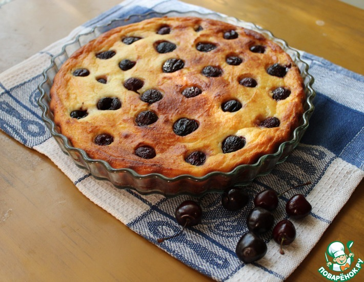 Рецепт: Мягкий пирог с рикоттой и черешней