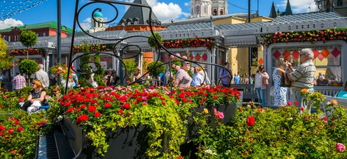 В двух шагах от Большого театра представят сад с испанским характером