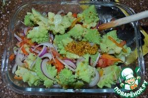 Выложить остывшую капусту, аккуратно перемешать,    заправить оливковым маслом.   Дать салату настояться, минут 30.   Перед подачей украсить семенами барбариса, черным молотым перцем.