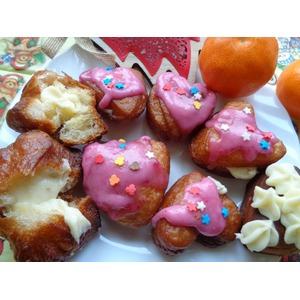 Пончики с кремом и глазурью