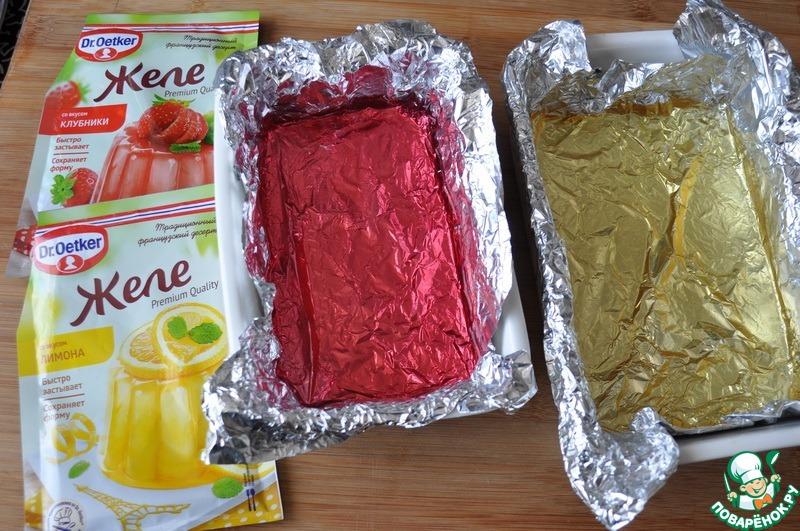 Бисквитное печенье с желе в шоколаде