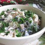 Яичный салат с ветчиной и виноградом
