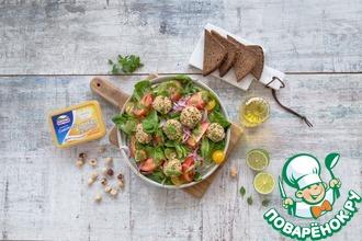 Рецепт: Зеленый салат с сырными фрикадельками