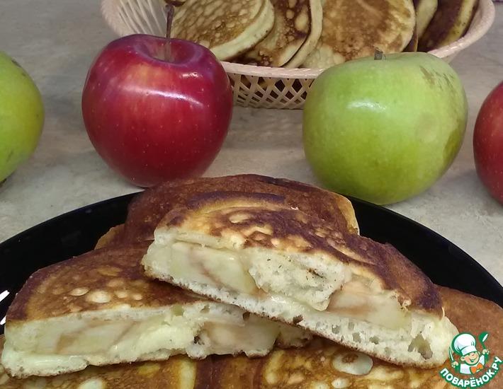 Рецепт: Оладьи с яблоком