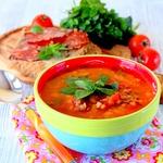 Испанский суп с колбасой Чоризо