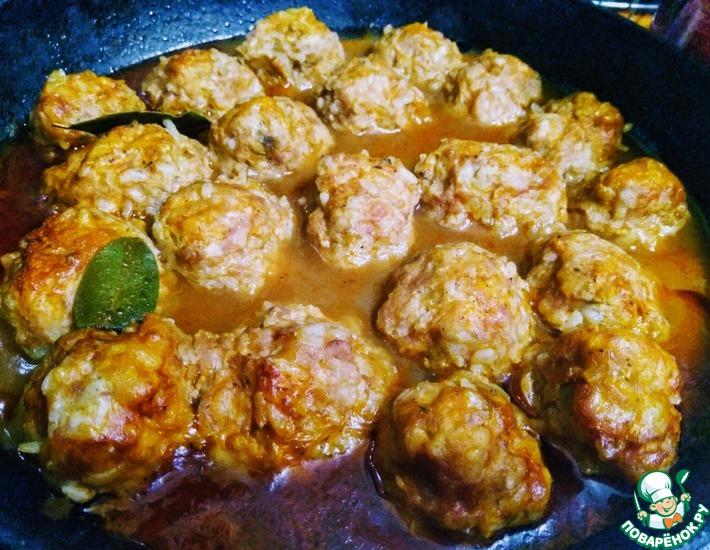 Рецепт: Тефтели с рисом и манкой