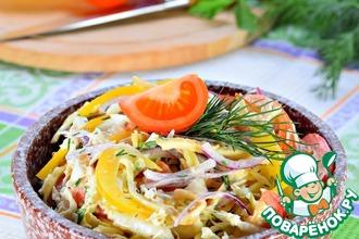 Рецепт: Овощной салат с яичным блинчиком