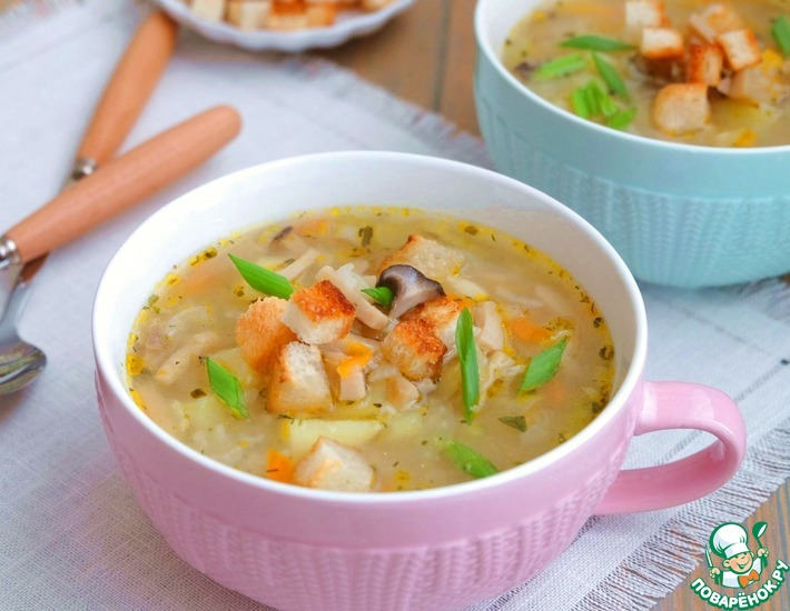 Рецепт: Похлебка деревенская с грибами и рисом