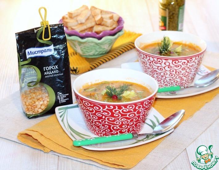 Рецепт: Гороховый суп с соусом песто