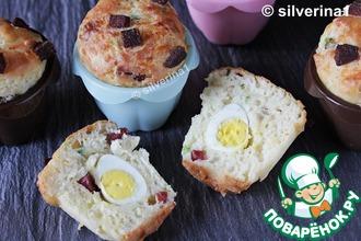 Рецепт: Маффины с яйцом и беконом