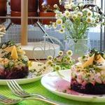 Салат из свёклы и свежего огурца