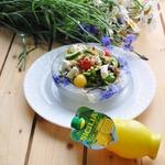 Салат с черешней и козьим сыром