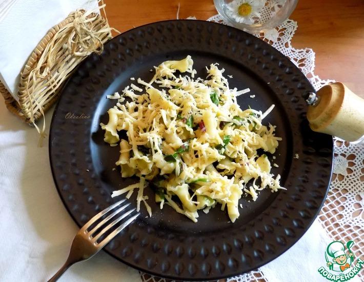 Рецепт: Паста с мангольдом и пармезаном