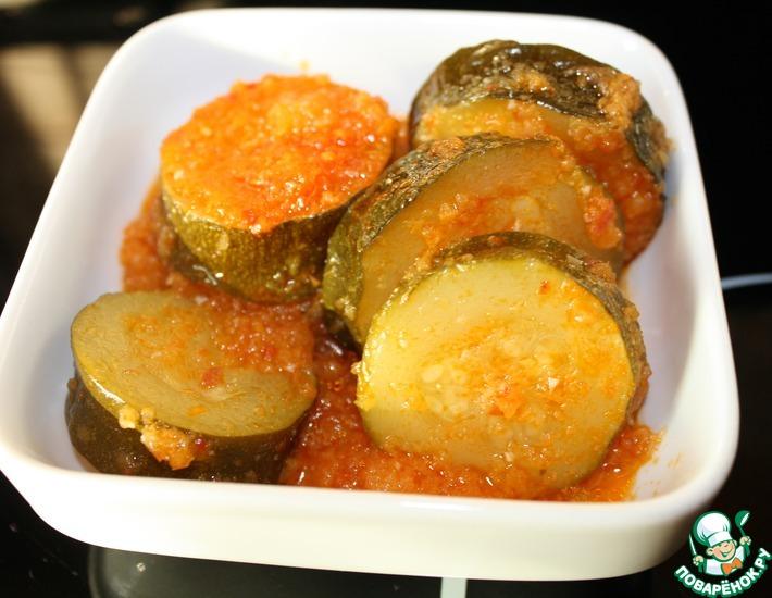 Рецепт: Закуска из кабачков на зиму