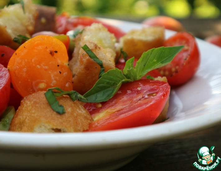 Рецепт: Тосканский салат из помидоров и хлеба