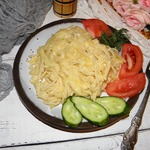 Макароны с яйцом и сыром