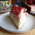 Бисквитный торт Ягодный