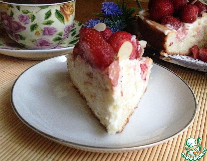 Рецепт: Бисквитный торт Ягодный