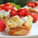 Хлебные кексы Французский тост с клубникой