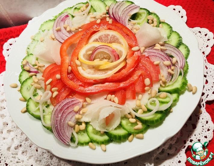 Рецепт: Салат с дайконом, помидорами и огурцами