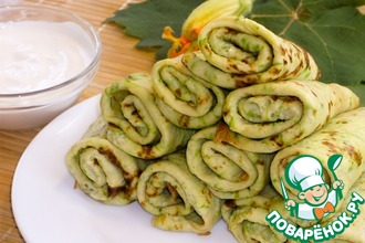 Рецепт: Тонкие зеленые блинчики из кабачков