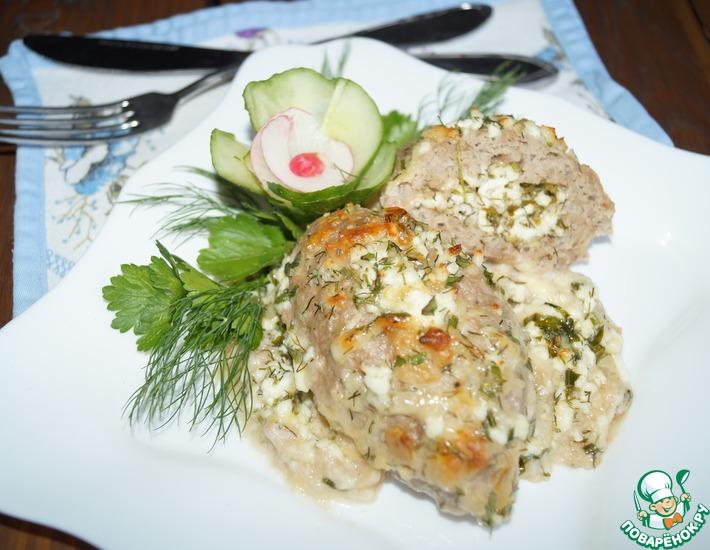 Рецепт: Мясные зразы с сыром в соусе