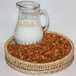 Миндальное молоко и сливки
