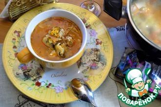 Рецепт: Томатный суп с рисом и мидиями