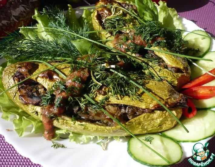 Рецепт: Кабачки, фаршированные гречкой и грибами
