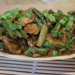 Свинина с фасолью в устричном соусе