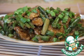 Рецепт: Свинина с фасолью в устричном соусе