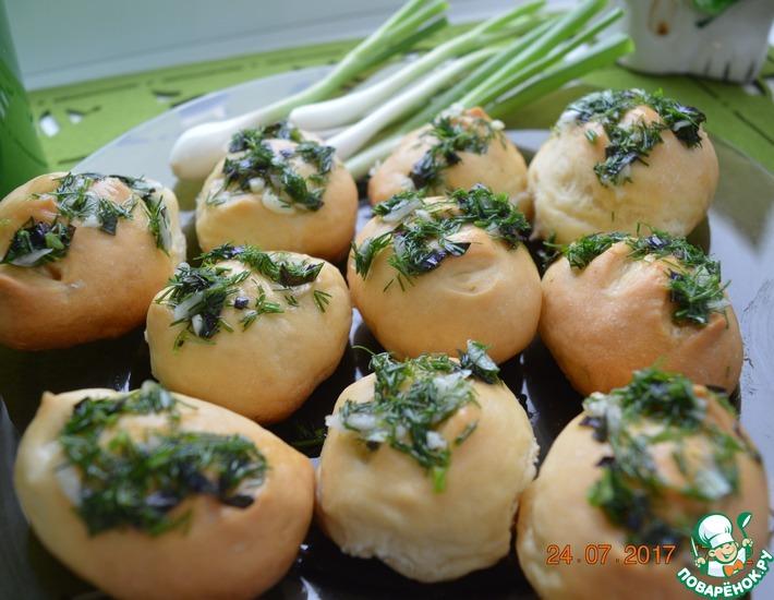 Рецепт: Пампушки с чесноком и зеленью к борщу