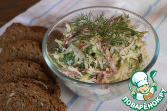 Рецепт: Салат капустный с колбасой