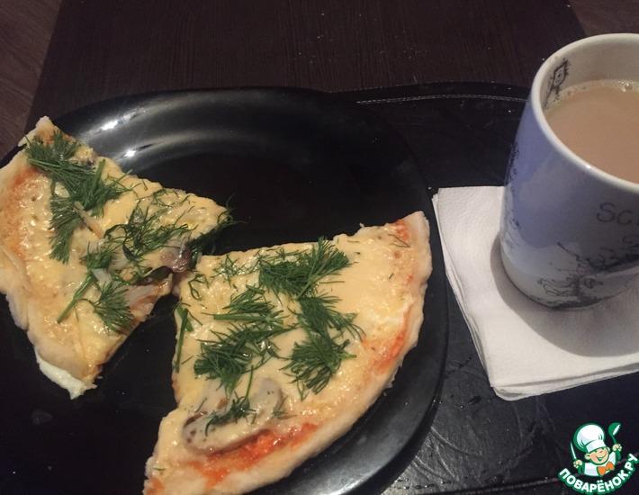 Рецепт: Пицца с грибами в микроволновке