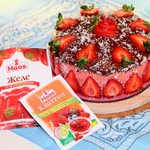 Торт Орехово-клубничный