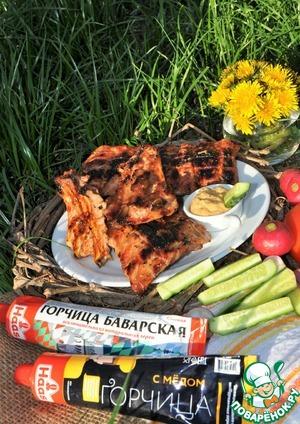 Рецепт: Свиные ребра с яблочно-горчичным соусом