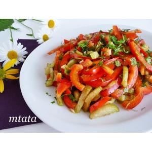 Салат из баклажанов с перцем и чесноком