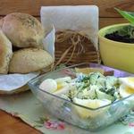 Салат с капустой и зернистым творогом