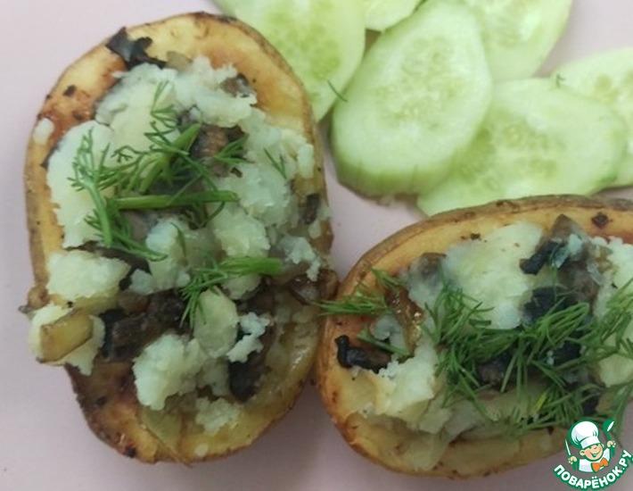 Рецепт: Печеный картофель, фаршированный грибами